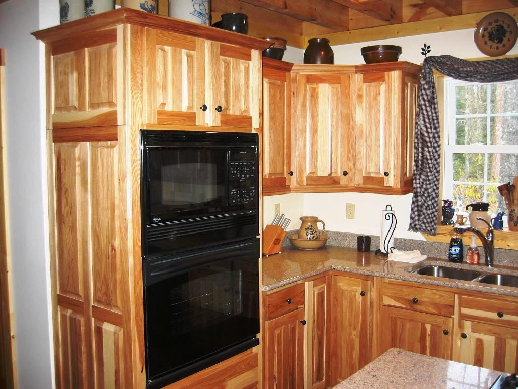 Hickory kitchen cabinets lowes
