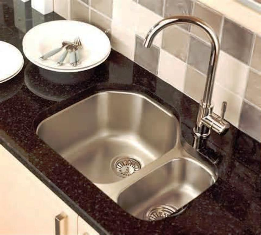 Image Of: Lowes Undermount Kitchen Sinks