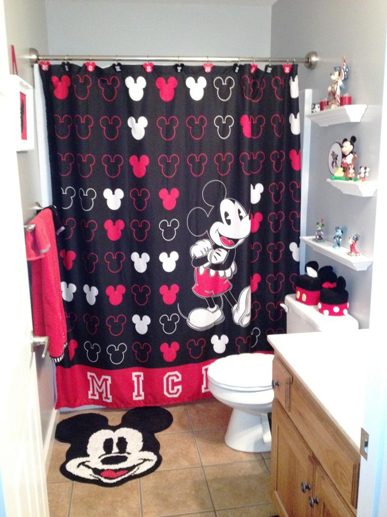 Image Of Mickey Mouse Bathroom Accessory Set