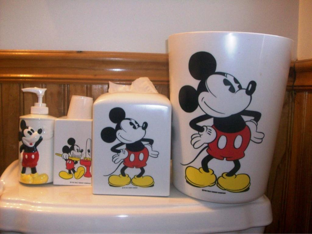Image Of Mickey Mouse Bathroom Set