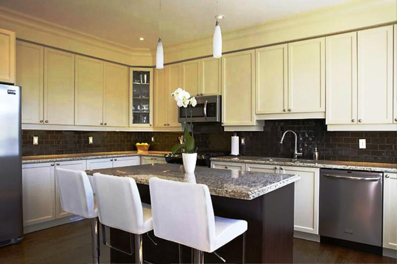 Image Of Minimalist Modern Two Tone Kitchens Ideas