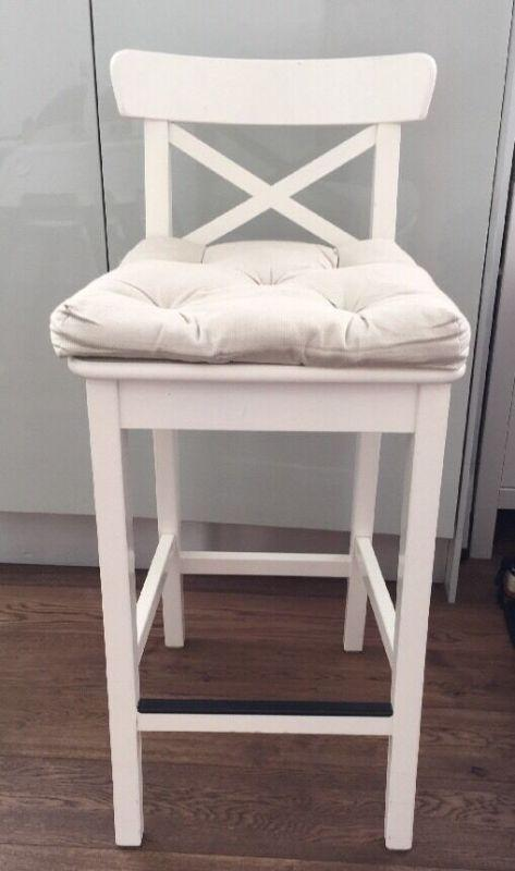 Image Of: Counter Height Wooden Kitchen Stools